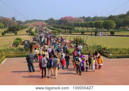 Delhi, India - November 5: Unidentified People Walk To And From Lotus Temple On November 5, 2014 In