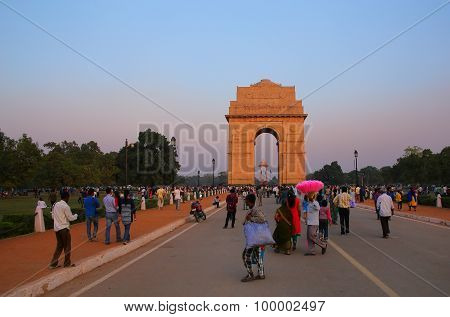 Delhi, India - November 6: Unidentified People Walk Around India Gate In The Evening On November 6,