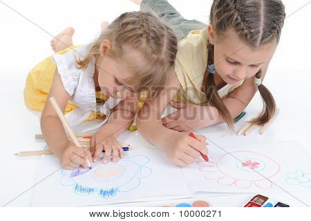 Two Sisters Draw On The Album.