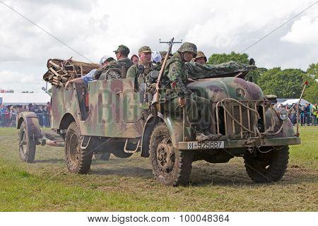 Troop truck