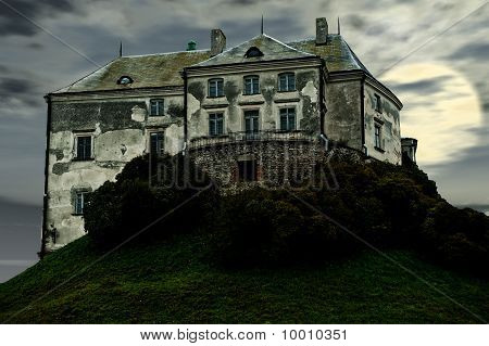 The Old Terrible Castle