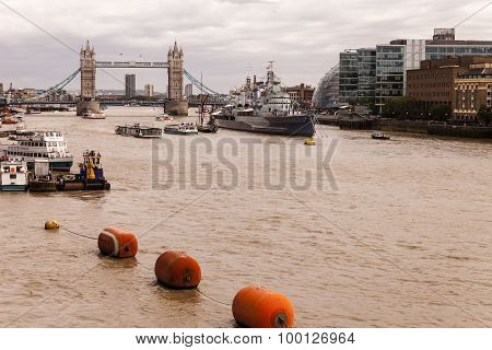 River Thames Flowing Eastwards To Tower Bridge