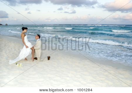 Caribbean Beach Wedding - Garter Belt