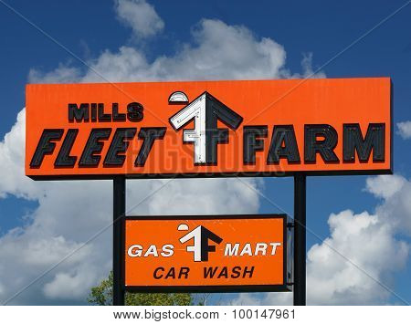 Mills Fleet Farm Sign And Logo