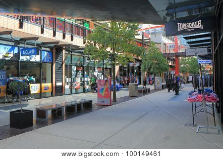 Docklands Melbourne shopping mall
