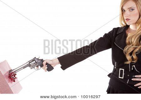 Blond Shooting Present