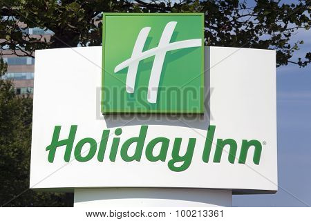 Sign In Front Of The Holiday In Hotel In Amsterdam