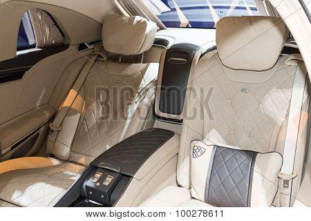 2015 Mercedes-Maybach S600 Pullman