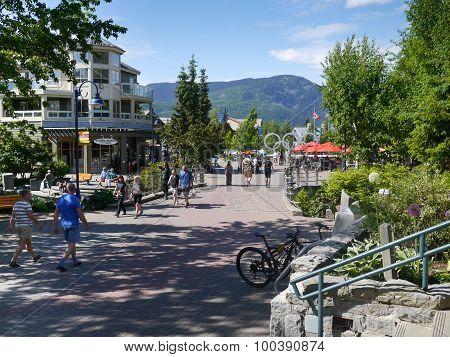 Village Stroll Whistler (1)