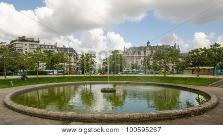The fountain at Place d'Italie in Paris