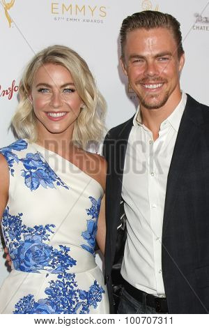 LOS ANGELES - AUG 30:  Julianne Hough, Derek Hough at the TV Academy Choreography Peer Reception at the Montage Hotel on August 30, 2015 in Beverly Hills, CA