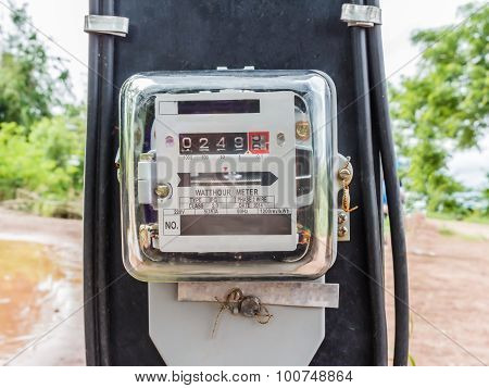 Watt Hour Electric Meter Measurement Tool Home Use Front View / Close Up