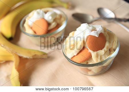 Small Banana Puddings