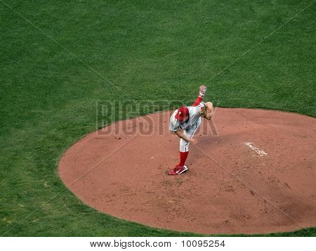Philadelphia Phillies Joe Blanton Lifts Back Leg After Throwing Pitch