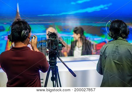Filming Television Shows Have Camcorders In The Studio.