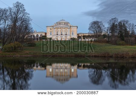 The palace and park ensemble of Pavlovsk created in the heyday of Russian classicism of the late XVIII - early XIX centuries. - a monument of cultural heritage under the protection of UNESCO.