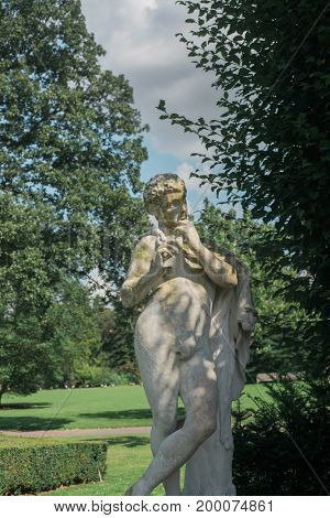 Statue in Kew Gardens, London