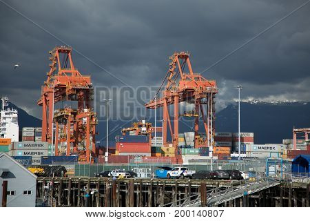 Cargo terminal logistica Vancouver Canada July 2017