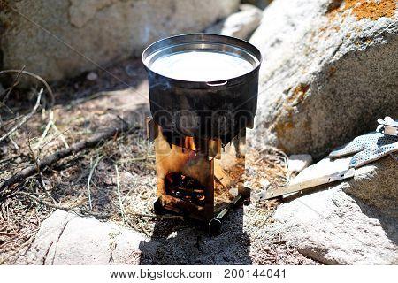 Wood-burning Tourist Furnace hot heat cook camp