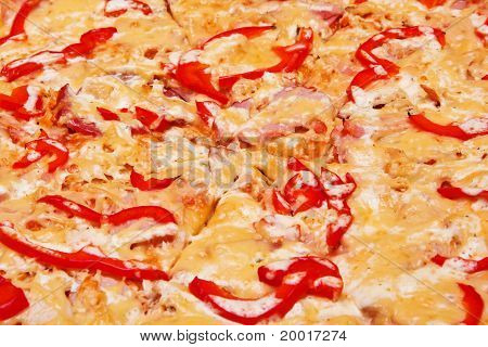 Pizza (sausage, Ham, Chicken Fillet, Paprika)