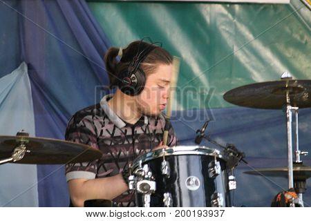 Alexsandr Bogach drummer of cover band