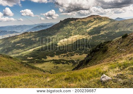 Beautiful hills and mountains filled with sunshine HD