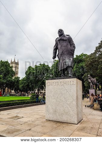 Churchill Statue In London (hdr)