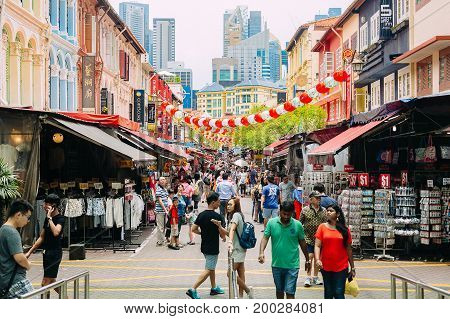 SINGAPORE - 11 SEPTEMBER 2016 : Chinatown of singapore. Tourist shopping and many restaurants.