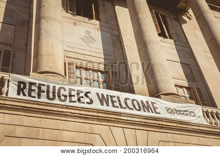 Banner Wish In English Welcome To The Refugees
