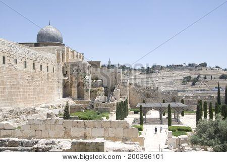 View along Temple Mount and Al-Aqsa Mosque of Jerusalem, Israel
