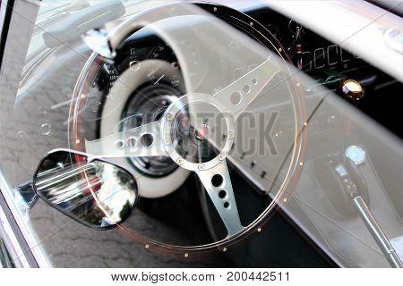An image of a classic car dashboard - Through a window - Hameln/Germany - 08/20/2017
