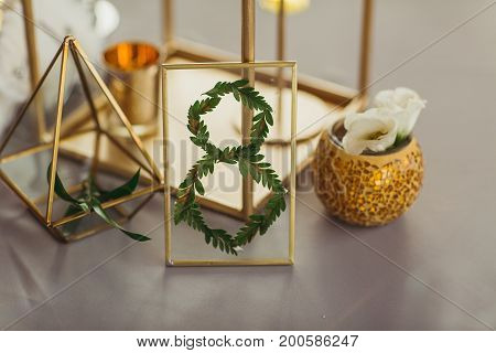 decorate wedding table with number 8 indoors