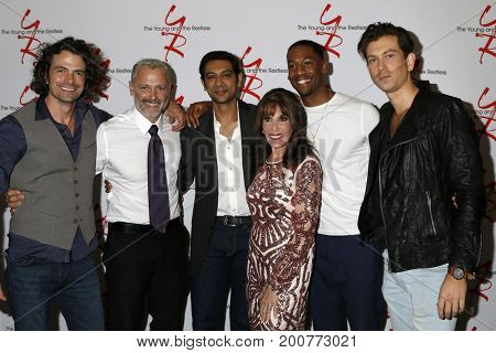 LOS ANGELES - AUG 19:  Daniel Hall, Max Shippee, Abhi Sinha, Kate Linder, Darnell Kirkwood, Ryan Ashton at the YnR Fan Event 2017 at the Burbank Convention Center on August 19, 2017 in Burbank, CA