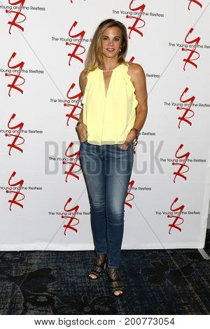 LOS ANGELES - AUG 19:  Gina Tognoni at the Young and Restless Fan Event 2017 at the Marriott Burbank Convention Center on August 19, 2017 in Burbank, CA