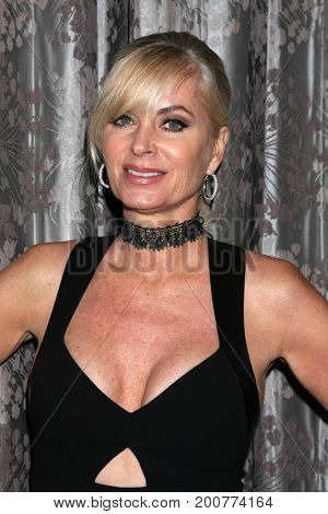 LOS ANGELES - AUG 19:  Eileen Davidson at the Young and Restless Fan Event 2017 at the Marriott Burbank Convention Center on August 19, 2017 in Burbank, CA