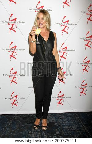 LOS ANGELES - AUG 19:  Sharon Case at the Young and Restless Fan Event 2017 at the Marriott Burbank Convention Center on August 19, 2017 in Burbank, CA