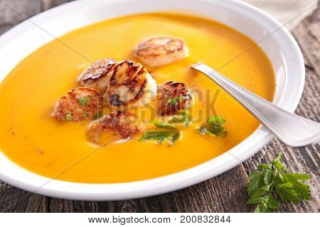 soup with fried scallop