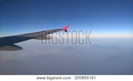 This pict was taken when I go to Bangkok, 33.0000 feet above ground.
