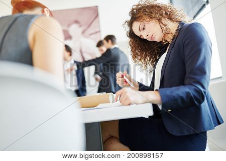 Businesswoman thinking and analizing start-up project