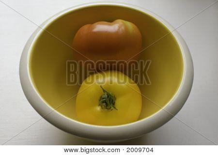 Red Tomato. Yellow Tomato.