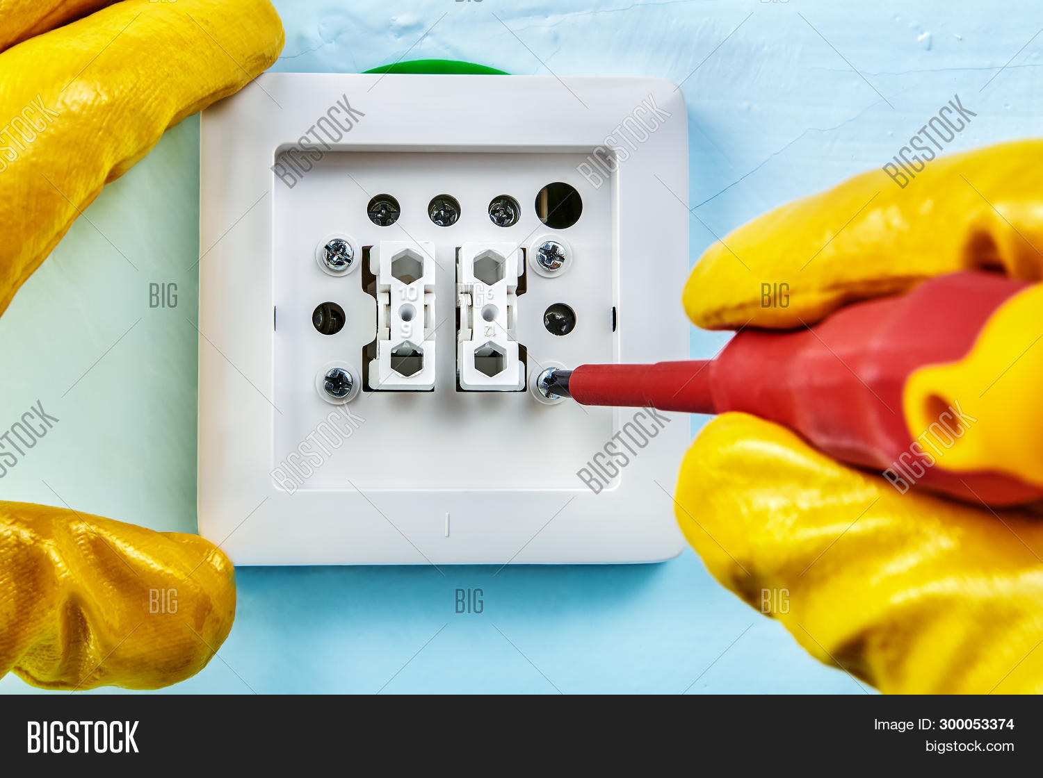 Worker Yellow Image & Photo (Free Trial) | Bigstock on