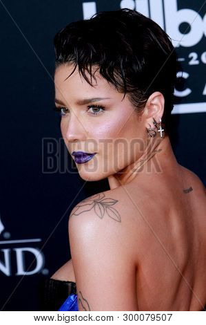 Halsey arrives at the 2019 Billboard Music Awards at the MGM Grand Arena in Las Vegas, NV on May 1, 2019.