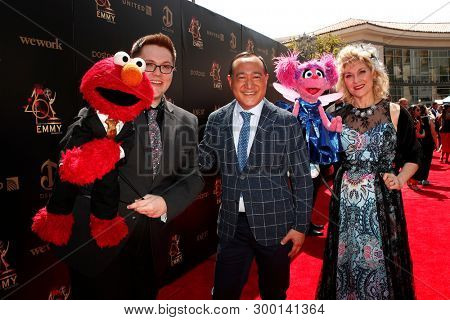 PASADENA - May 5: Sesame Street, Elmo, Ryan Dillon, Alan Muraoka, Abby Cadabby, Leslie Carrara-Rudolph at the 46th Daytime Emmy Awards Gala at the Pasadena Civic Center on May 5, 2019 in Pasadena, CA