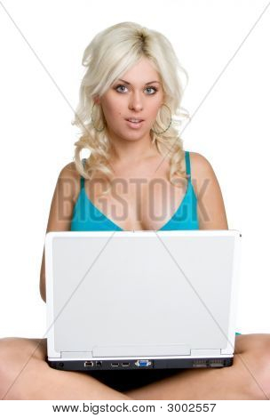 Laptop Blonde