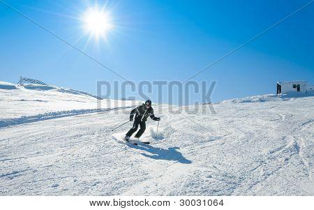 Skiing donwhill