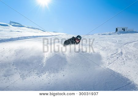 Carving on skis