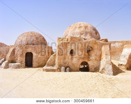 6/28/2010 - Tozeur, Tunisia: Houses From The Movie