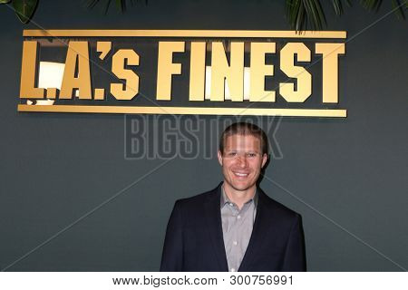 LOS ANGELES - MAY 10:  Zach Gilford at the