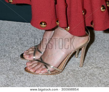 LOS ANGELES - MAY 10:  Jessica Alba shoe detail at the