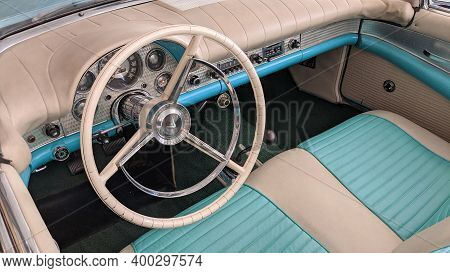 Bordeaux , Aquitaine  France - 12 15 2020 :  Ford Thunderbird Convertible Classic Car Blue White Int